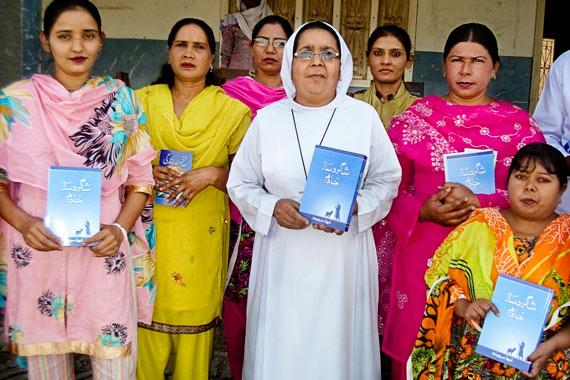 books-nuns