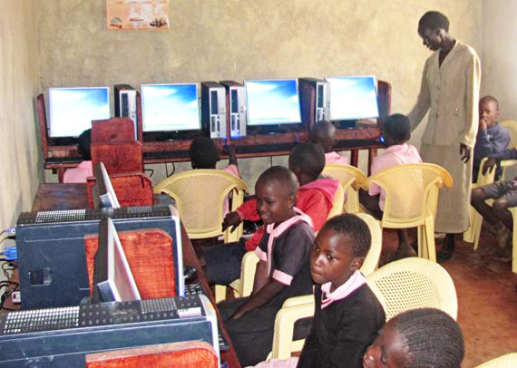 education-kenya-computer-lab
