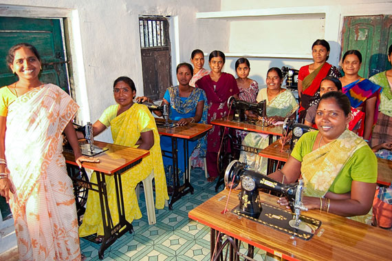 leprosy-sewing-students