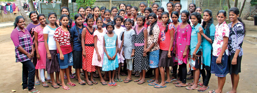 Picture of the girls and staff of Jaffna Children's Home