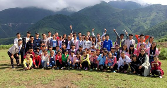 Picture of unreached people group attending training in the remote mountains of China