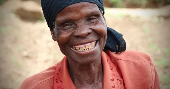 Picture of farmer in Malawi
