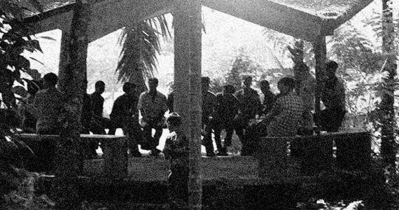Picture of Christians meeting outdoors