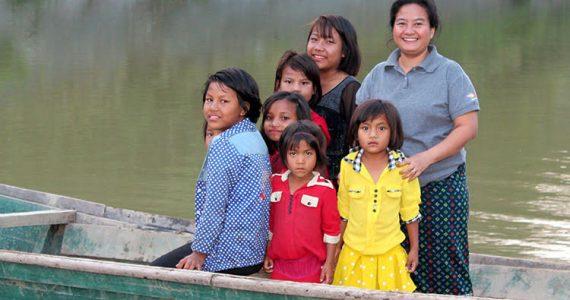 Picture of social worker in Myanmar