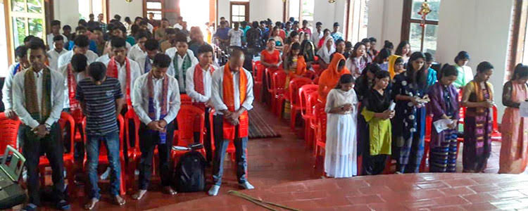 Picture of discipleship school in India